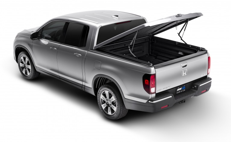 2017 Honda Ridgeline Bed Cover >> Honda Ridgeline Gallery : A.R.E. Truck Caps and Tonneau Covers